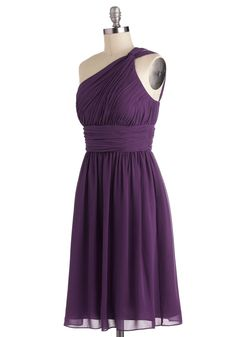Moonlight Marvel Dress in Plum. Love this dress!