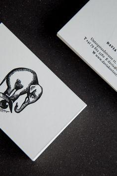 Davia Koetser - Business Card Design Inspiration | Card Nerd