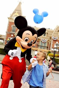 2013 Disney World and Disneyland vacation packages are out. www.travelwiththemagic.com