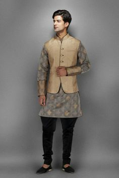 Grey Cotton Zari Kurta with Waistcoat