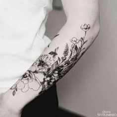 17 Unique Arm Tattoo Designs For Girls - Nature inspired half sleeve tattoo DianaSeverinenko floral flower blackwork nature bee - Nature Tattoos, Body Art Tattoos, New Tattoos, Tattoos For Guys, Cool Tattoos, Tatoos, Tattoos Pics, Ocean Tattoos, Nature Tattoo Sleeve Women