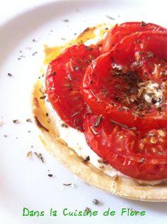 Tartelette de tomate au basilic, sur son lit de ricotta // La cuisine de Flore