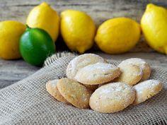 Ihr wollt trotz kohlenhydratarmer Ernährung etwas Süßes für zwischendurch? Wie wäre es mit diesen Low Carb Limetten-Mandel-Keksen? Das Besondere: Durch die Limettenschale schmecken die Low Carb Kekse besonders frisch und lecker!