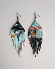 rose gold and roses Ding earrings with chevron woven with navy blue Miyuki beads