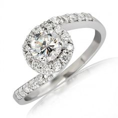 Breathtaking . 18K Rose Gold .50 Carats VS Diamond Ring