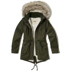 Hollister Sherpa Lined Parka (€125) ❤ liked on Polyvore featuring outerwear, coats, olive, hooded parka coat, army green parka, olive green parka coat, olive green parka and olive coat