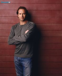 GILMORE GIRLS (Season 3) Image #GG02-0638 Pictured: Scott Patterson as Luke Danes Photo Credit: