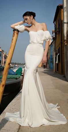 >> Click to Buy << 2016 New Free Shipping Sexy Nobel Sweetheart Short Sleeves Satin Mermaid Wedding Dress  Backless Design  Bridal Gown VB098 #Affiliate