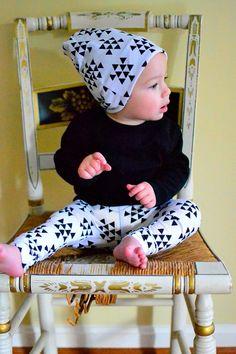 Black Triangle Arrows on White Baby Leggings for Boys and Girls Trouser Leggin Pants Infant Toddler Newborn