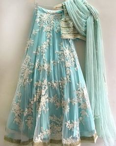 Powder blue lace and sequin lehenga custom made available in custom colors - Abiti indiani - Jupe Lehenga Crop Top, Floral Lehenga, Lehenga Choli, Anarkali, Silk Dupatta, Sharara, Salwar Kameez, Party Wear Lehenga, Party Wear Dresses
