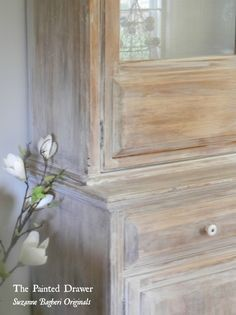 Washed Wood Annie Sloan Old White is a fantastic soft white that can create a…