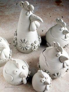 Ceramic Chicken, Ceramic Clay, Ceramic Pottery, Pottery Art, Chicken Crafts, Chicken Art, Pottery Animals, Ceramic Animals, Clay Art Projects