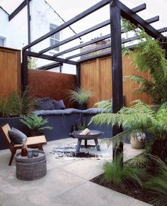 An inner city back yard transformed to the perfect outdoor living space - Back Gardens, Small Gardens, City Gardens, Courtyard Gardens, Roof Gardens, Small City Garden, Home And Garden, Outdoor Spaces, Outdoor Living