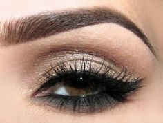 Love this Look!  Recreate it with Glamour My Eyes Driftwood, Mocha & Champagne Eyeshadows & Charcoal Liner