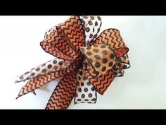 This DIY tutorial will help you learn how to make a beautiful double bow using Dollar Tree ribbon. Cheap Ribbon, Diy Ribbon, Ribbon Bows, Ribbon Hair, Ribbons, Christmas Bows, Diy Christmas Gifts, How To Make Wreaths, How To Make Bows