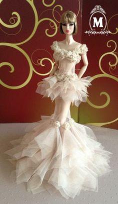 "Napatsaa Gown Dress Outfit Fashion Royalty Fr Silkstone Barbie Similar 12"" Doll   eBay"