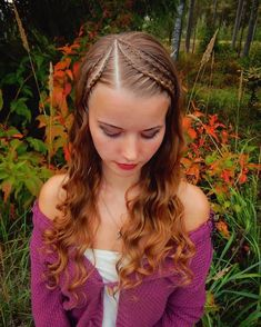 Cornrows with recycled curls ✨🍁🍂 Happy birthday Alina Alina Aarnio ! 🎉🎈❤️ Hopefully your day has been amazing! Rock Hairstyles, Box Braids Hairstyles, Trendy Hairstyles, Diy Hair Waves, Curls Hair, Blonde Box Braids, Natural Hair Styles, Long Hair Styles, Hair Highlights