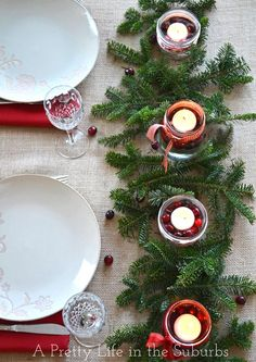 Simple & Pretty Christmas Centrepieces