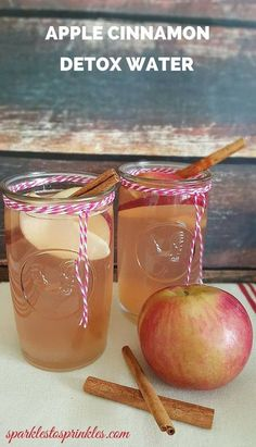 Apple Cinnamon Detox Water recommended by Dr. Oz. Detox waters have gained a lot of popularity over the years when their health benefits and weight loss benefits started to come to light. This one is delicious! Pin for Later!