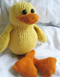 Dudley The Duck Toy - Knitting Patterns by Heather Testa