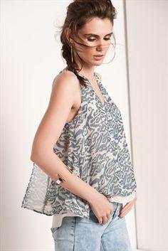 Sateen · Kadın Tekstil  - Mavi Bluz 139-SATEEN304-15195 sadece 39,99TL ile Trendyol da