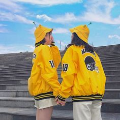 Best Friend Couples, Best Friend Pictures, Ulzzang Couple, Ulzzang Girl, Matching Outfits Best Friend, Korean Best Friends, Bff Girls, Park Bo Young, Girl Friendship