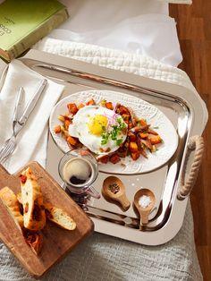 Breakfast in bed. Photo by Steve Krug.