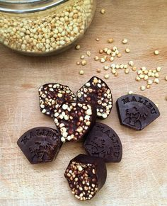 Those looking for a replacement for unhealthy chocolate need these babies! - Those looking for a replacement for unhealthy chocolate need these babies! Protein Desserts, High Protein Recipes, Protein Snacks, Raw Food Recipes, Paleo Dessert, Strawberry Rhubarb Crisp, High Protein Low Carb, Fodmap Recipes, Chocolate