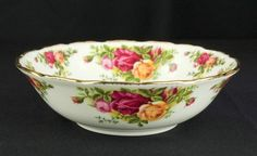 Country Rose, Vintage Dinnerware, Mantles, Royal Albert, Pretty Art, Country Living, Cups, Roses, England