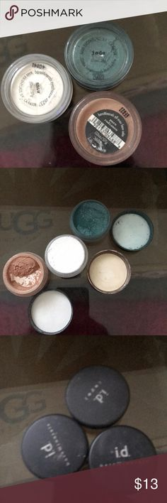 Bare Minerals Lot of 3 Lot of 3 shadows by Bare Minerals. Sold as a bundle! So much product left, great deal!!! Bare Escentuals Makeup Eyeshadow