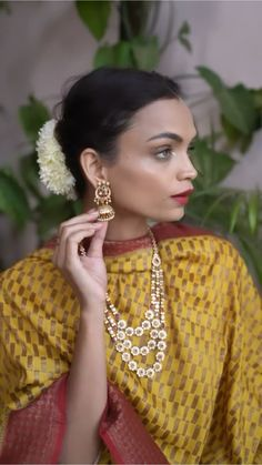 Bun Hairstyles For Long Hair, Indian Wedding Hairstyles, My Hairstyle, Bride Hairstyles, Deepika Hairstyles, Front Hair Styles, Medium Hair Styles, Hair Style Vedio, Bridal Hair Buns