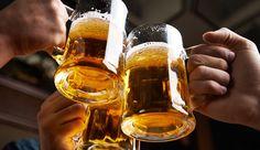 Pesquisadores descobriram que a bebida alcoólica ajuda a reduzir a queda do HDL o colesterol bom  continue lendo em Beber cerveja diariamente ajuda a prevenir doenças do coração
