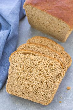 The BEST Whole Wheat Bread Recipe! This soft homemade bread recipe is easy and perfect for beginning bakers! This simple, healthy recipe is made with honey and 100% whole wheat flour, but also includes directions for how to make with white all-purpose or bread flour. Basic Bread Recipe, Homemade Sandwich Bread, Wheat Bread Recipe, Sandwich Bread Recipes, Artisan Bread Recipes, Easy Bread Recipes, Baking Recipes, Veg Recipes, Baking Tips