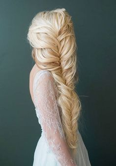50 Incredible Long Wedding Hairstyles from Hair & Makeup by Steph | Deer Pearl Flowers - Part 3 / http://www.deerpearlflowers.com/long-wedding-hairstyles-from-hair-makeup-by-steph/3/
