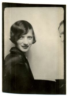 ** Vintage Photo Booth Picture **  Flapper elegance without even trying.