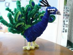 Peacock - 50 Pipe Cleaner Animals for Kids, http://hative.com/pipe-cleaner-animals-for-kids/,