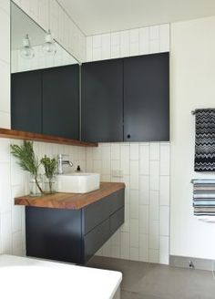 Jan Juc Bathroom by Doherty Lynch Architects