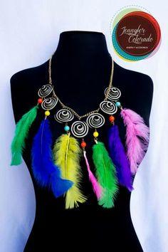 Carnaval collar plumas #2014 African Women, Collars, Carnival, Womens Fashion, Model, Jewelry, Craft, Handmade Necklaces, Handmade Accessories