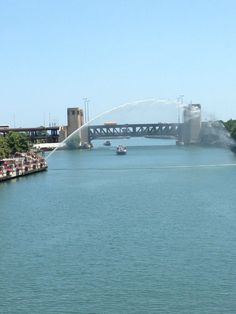 Chicago river with Centennial Fountain and Lake Shore Drive Bridge in background