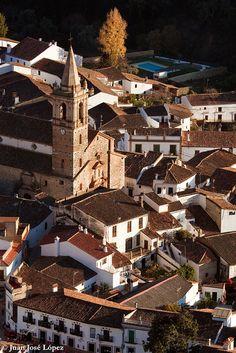Alajar, Sierra de Aracena (Huelva), Andalucía, España.   by Juan Jose Lopez