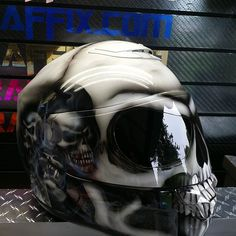 Custom Airbrushed Motorcycle Helmet by Airgraffix.com 183