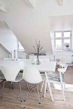 Voor deze ruimte is een dressoir op maat de perfecte oplossing! http://100procentkast.nl/