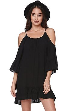 "A PacSun.com Online Exclusive! The LA Hearts Tiered Cold Shoulder Dress for PacSun.com features a sleek look with a cold shoulder style and bell sleeves. We love the flowy fit and light weight fabric. Wear this dress with our hats and boots this season! 31"" length Measured from a size small Model is wearing a small Her Measurements: Height: 5'9"" Bust: 34"" Waist: 24"" Hips: 34"" 100% rayon Machine washable Made in USA"