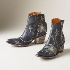 FLORA LOCA ANKLE BOOTS BY OLD GRINGO