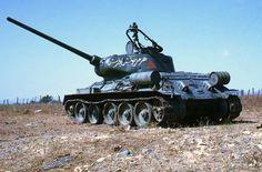 Kuvahaun tulos haulle syria female tank crew