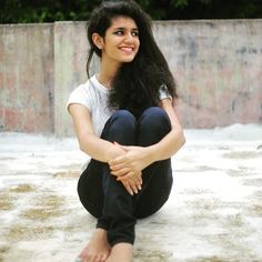 Priya Prakash Varrier Upcoming Movies List 2019 & Release Dates - MT Wiki Providing Latest Malayalam Actress Priya Prakash Varrier All upcoming New films list with Poster, Actress, Actors & other lead star cast. Malayalam Actress, Tamil Actress, Bollywood Actress, Hd Photos, Girl Photos, Actress Priya, Bollywood Gossip, Latest Instagram, Movie List