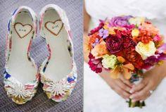 sapato-de-noiva-e-buque-colorido
