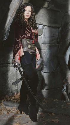 """Kate Beckinsale - """" Van Helsing"""" (2004) - Costume designers : Gabriella Pescucci & Carlo Poggiolo"""