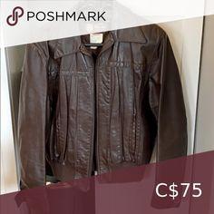 Vintage Women's genuine leather brown jacket Vintage Women's size large genuine leather brown bomber jacket Jackets & Coats Leather Jackets