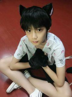 Liu Yaowen My Baby😘 in China💕 Guy Friend Quotes, Guy Friends, Liu, Ulzzang Kids, Daddys Boy, Cute Korean Boys, Asian Kids, Cute Gay, Handsome Boys